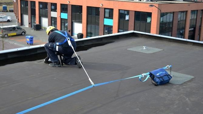 Valbeveiliging dak veilig op platte daken werken